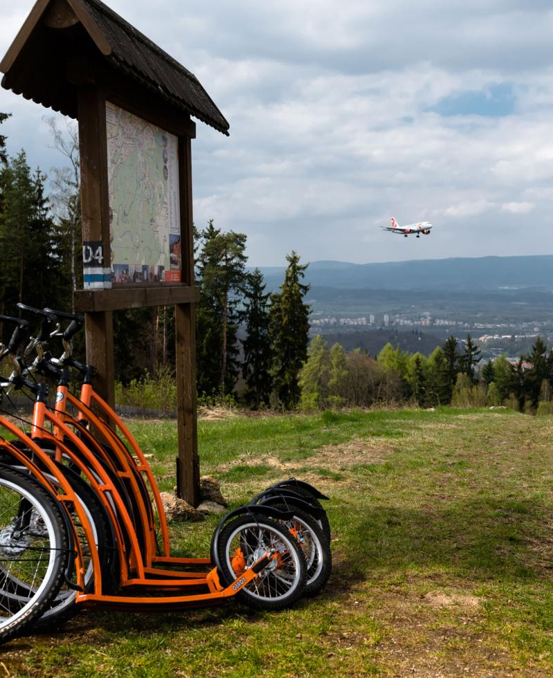 Vítkova hora – Orange Scooter – a rental
